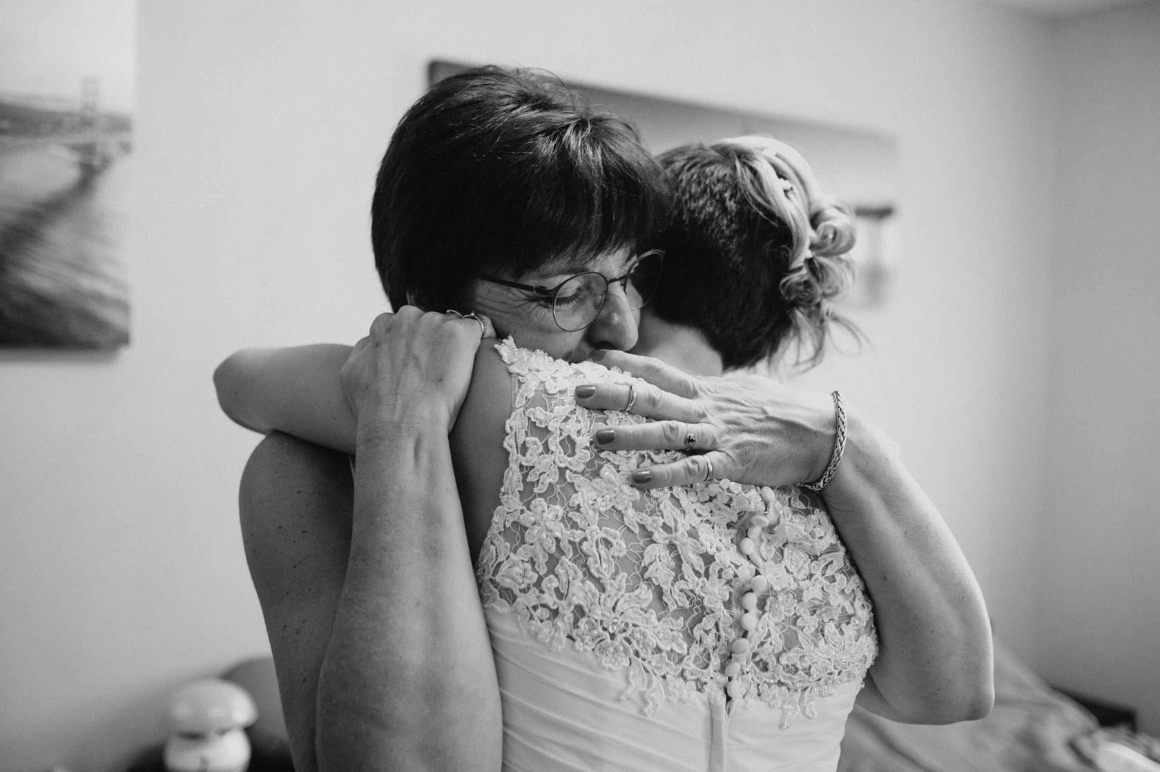Mariage au Mas de Laux Magalas 12.jpg