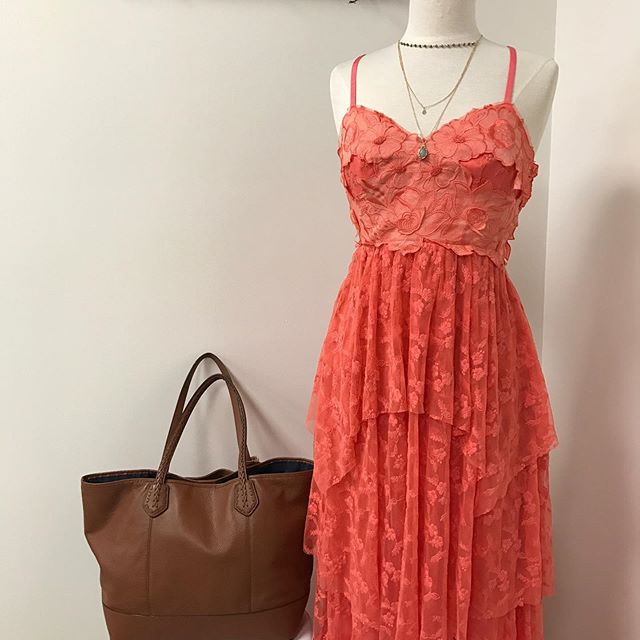 This dress is a perfect for SUMMER☀️ Free People dress sz 6 $79.99 , Cole Haan Brown tote $52.49  #urbanrenewalconsign #shopgreen19 #style #shop #atl #atlanta #styleshopper #ootd #freepeople #atlconsign #consignment