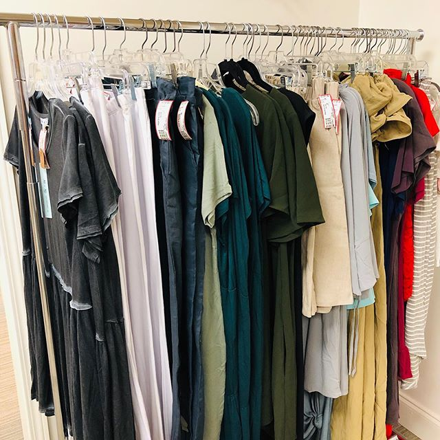 Rack of BRAND NEW boutique clothing just dropped off!!! 😍😍😍#instafashion #indianfashionblogger #newwithtags #boutique #urbanrenewalconsign #marietta #atlconsignment #shoplocal #shopsmall #fashionista #ootd #smartshopper