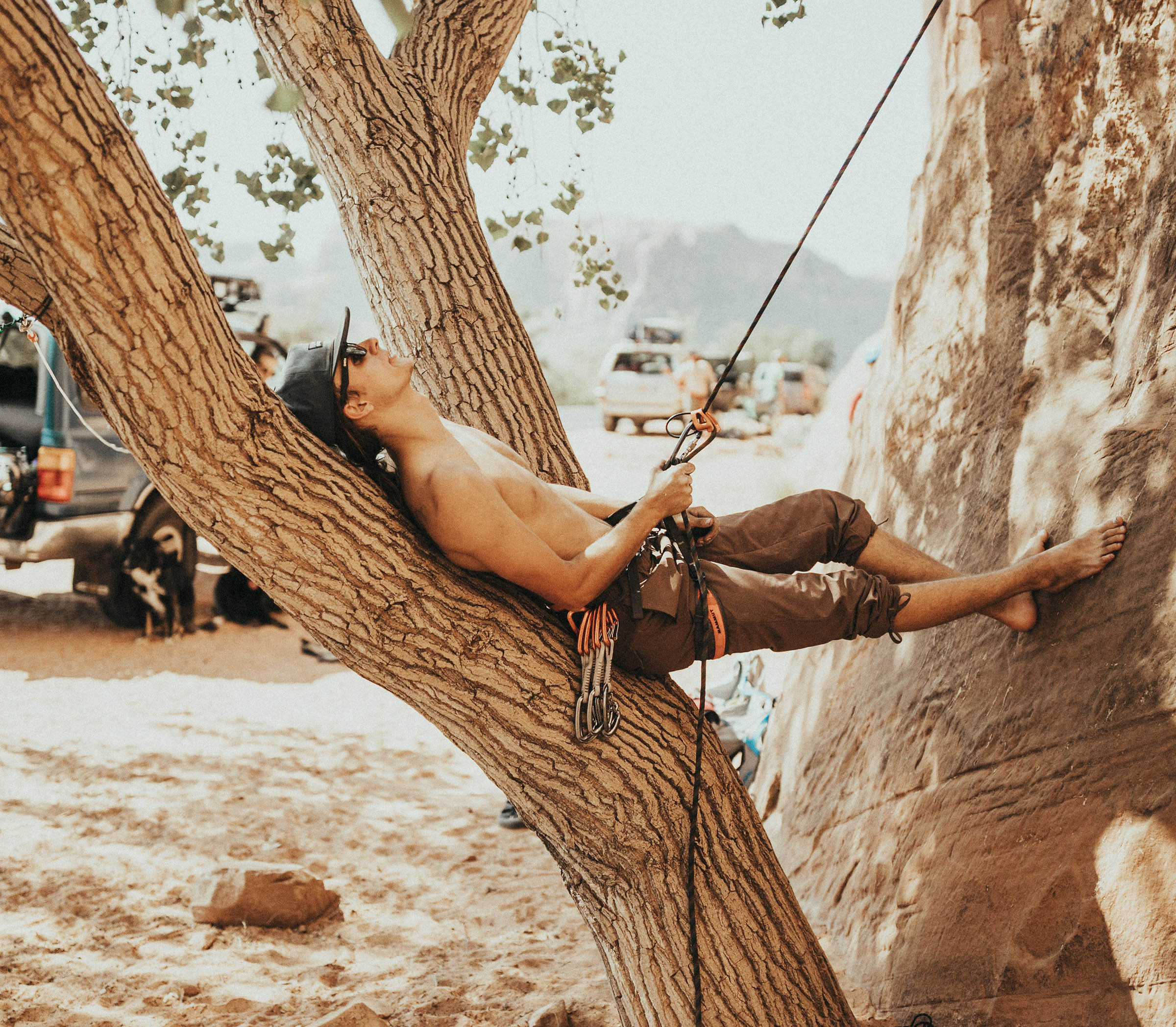 Easton Walker - Easton is a 23 year old dirtbag from Northern Utah. He has spent the last year in New Zealand as a canyoneering guide, but has now returned to the beautiful desert of Southern Utah. Easton loves the outdoors and is a self-proclaimed.