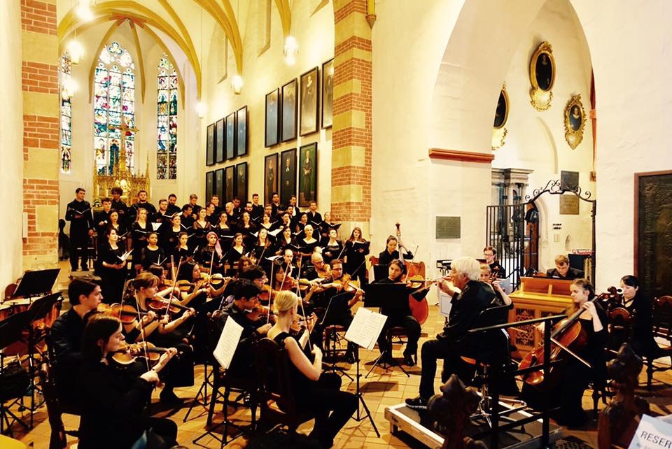Performing Bach Cantatas in the Thomaskirche with Helmuth Rilling, 2017 (Leipzig, Germany)