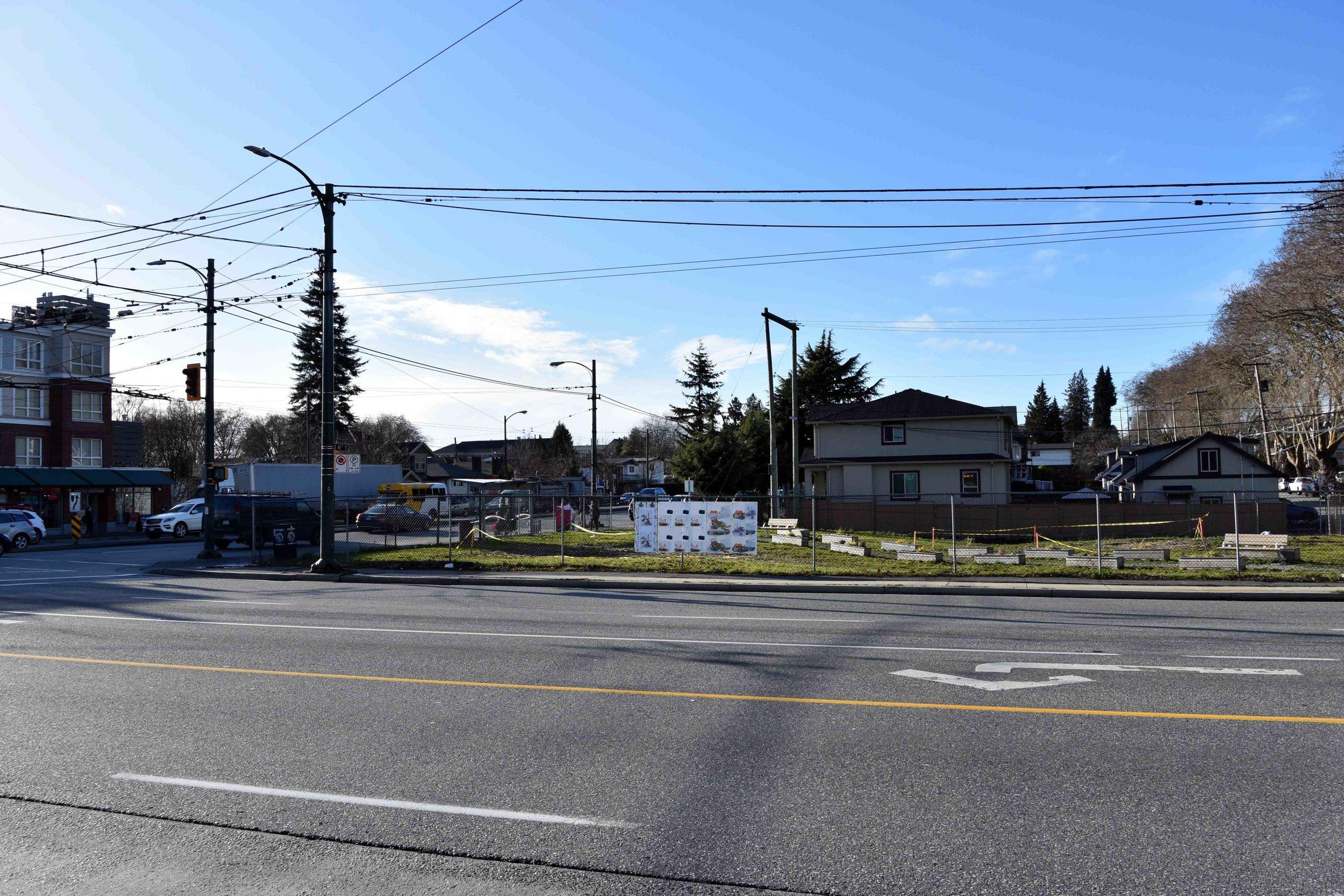 Main & 41st Ave