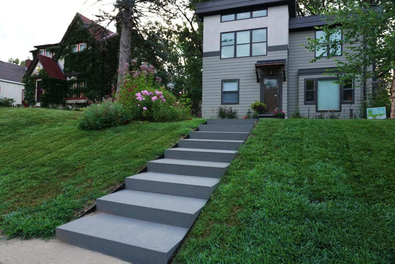 Contemporary Bluestone Stair Case
