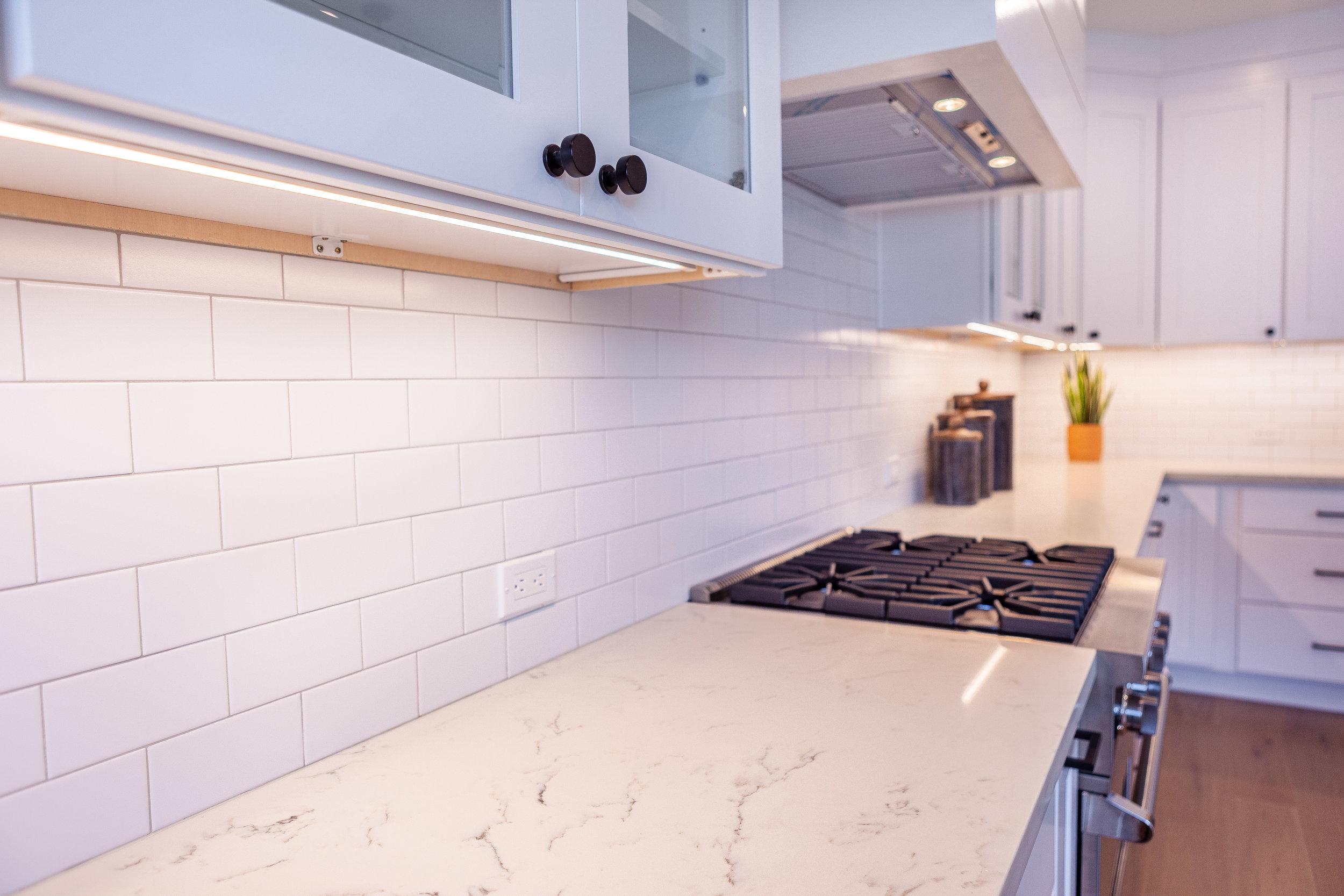 KitchenPortraitBackSplash.jpg