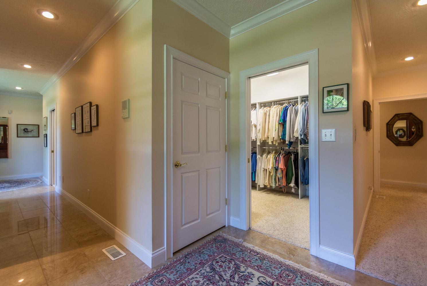 5600 Nathan Way Bloomington IN-large-029-35-Master Closet-1491x1000-72dpi.jpg
