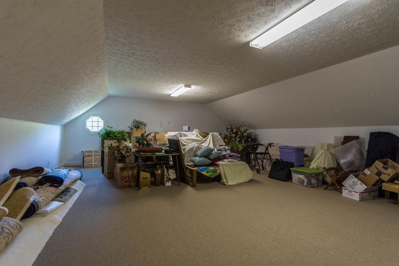 5600 Nathan Way Bloomington IN-large-038-30-Bonus Room 1-1500x1000-72dpi.jpg