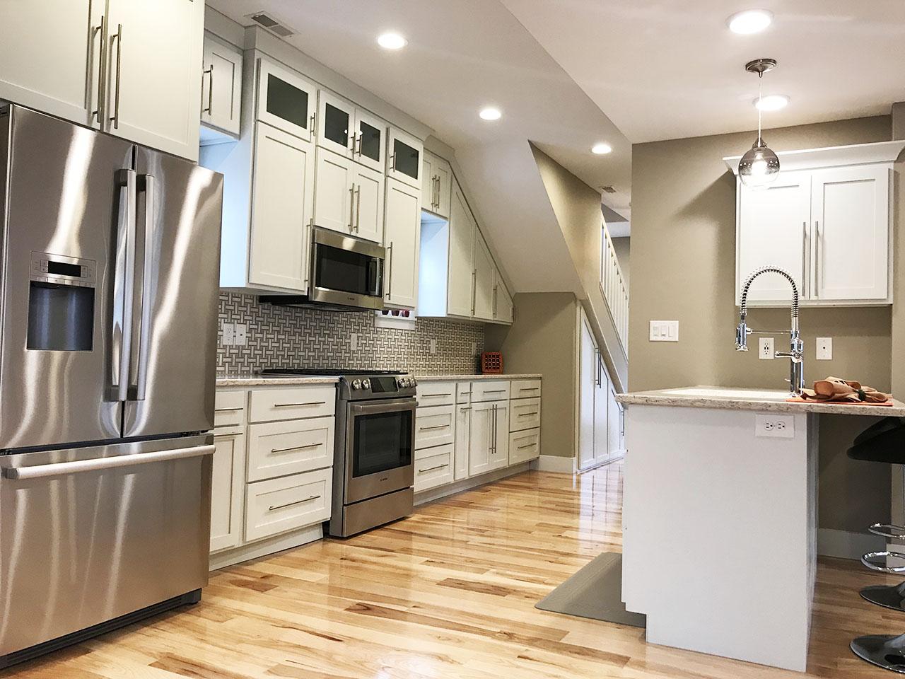 14_Kitchen_4.jpg