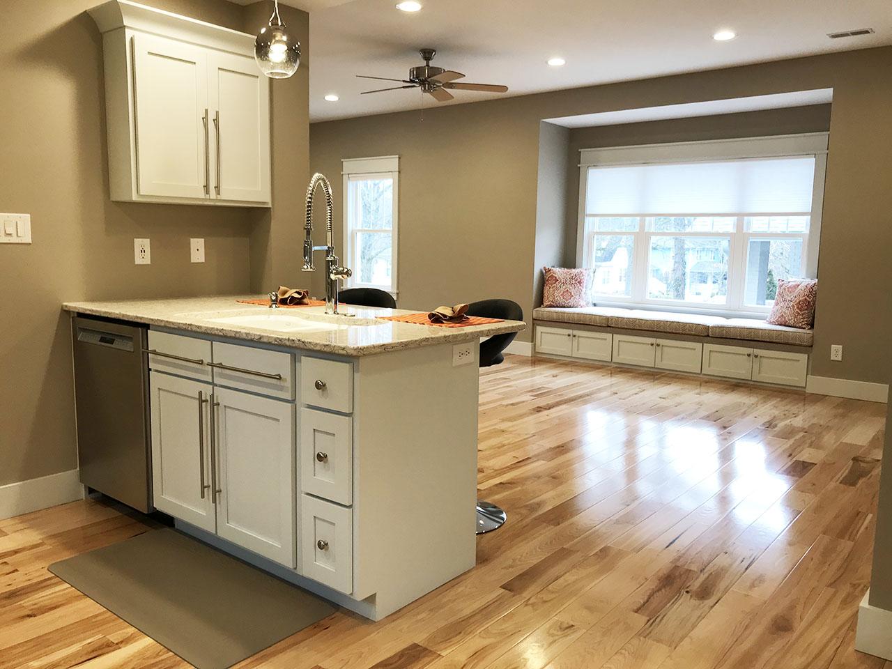 17_Kitchen_6.jpg