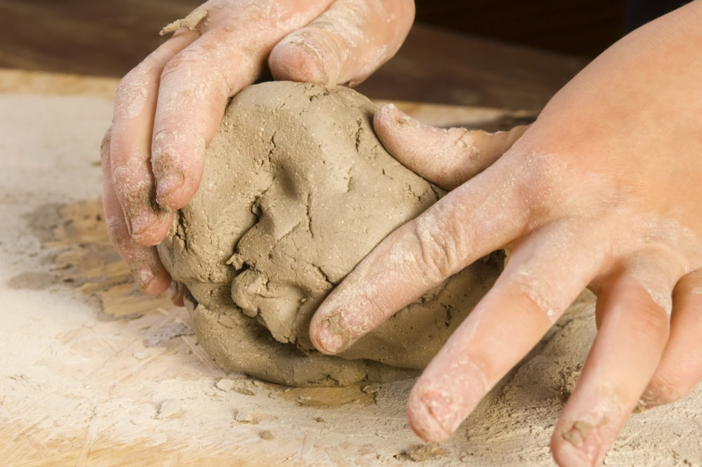 kids-ceramics-e1489428825343.jpg