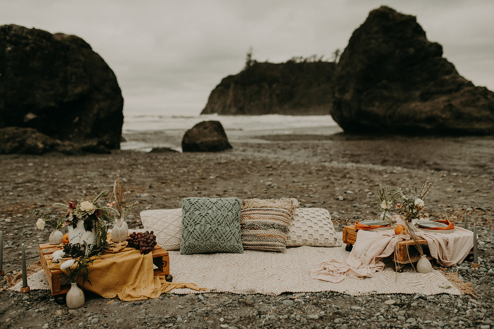 Ruby_Beach_Styled_Elopement_-_Run_Away_with_Me_Elopement_Collective_-_Kamra_Fuller_Photography_-_Details-43.jpg