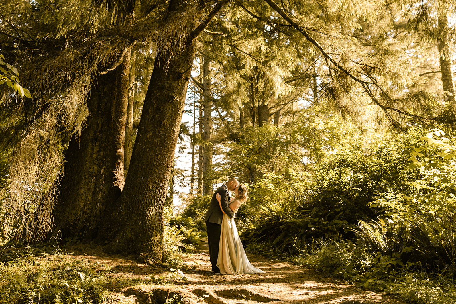 Cape_Disappointment_Styled_Shoot-9.jpg