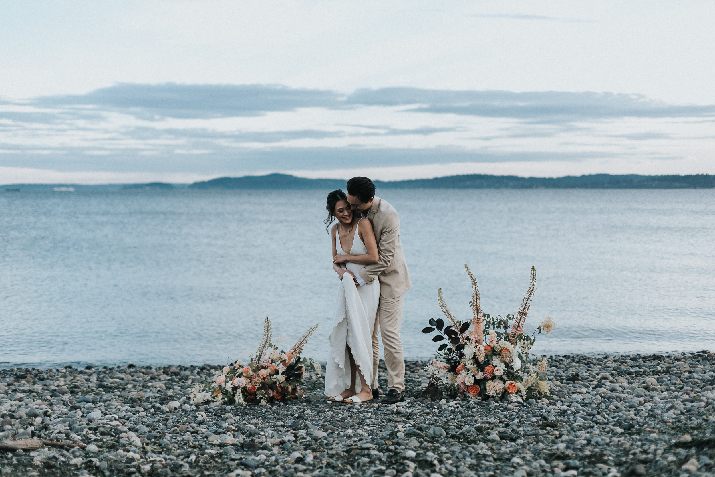 discoveryparkelopement - runaway with me elopements - seattle elopement-184.jpg