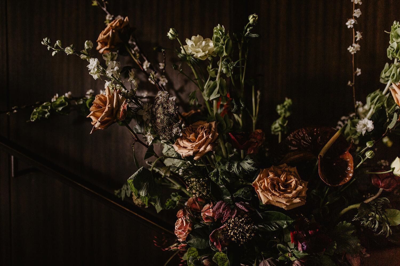 seattle-wedding-planner-adventure-elopement-florist-angelene-little-villanelle-floral-1