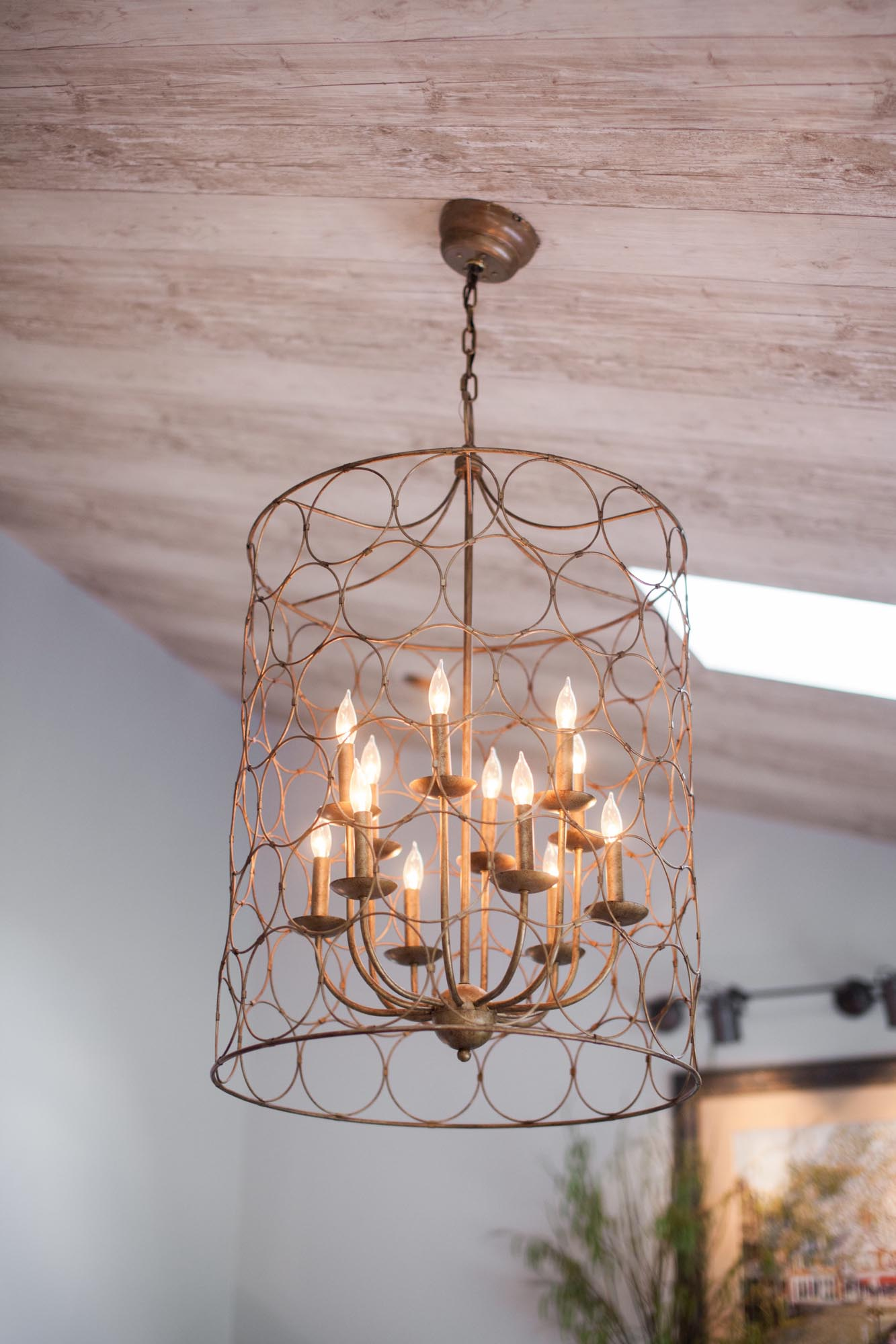 Brass hanging chandelier light fixture