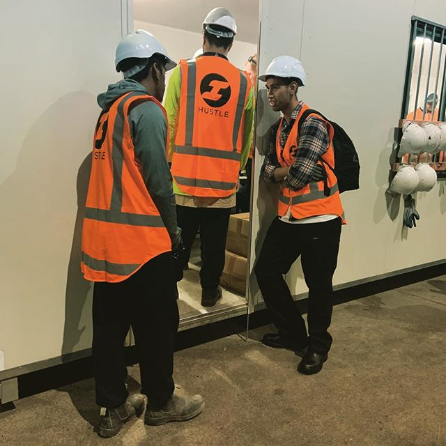 3 of an 8 man crew preparing for a busy day this morning! 🔨🔧⛏ #sitesafety #healthandsafety #demolitionderby #teamorange #hustle #hustlenewzealand #earlystart #6amsuccess #demo