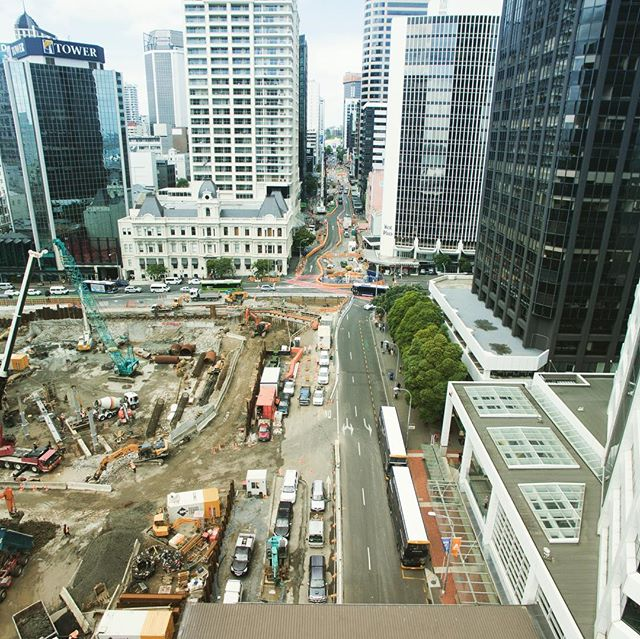 It's incredible to watch new projects in the city grow. We are lucky to have an incredible backpacker team who facilitate a large portion of this work!  #sitesafety #teamorange #hustlenewzealand #traveling #thankyousomuch #construction #alreadyapril #hustle #healthandsafety