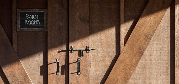 slideshows-barn-03.jpg