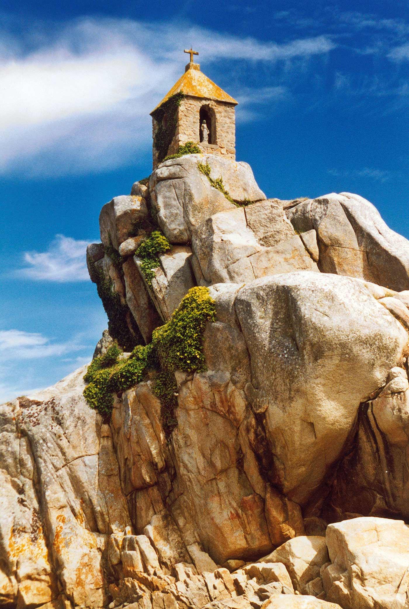 Granite-Coast.jpg