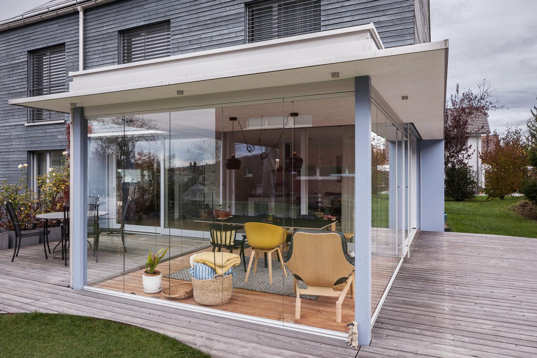 anbau-umbau-einfamilienhaus-wintergarten-glas-holz-kirchhalde.jpg