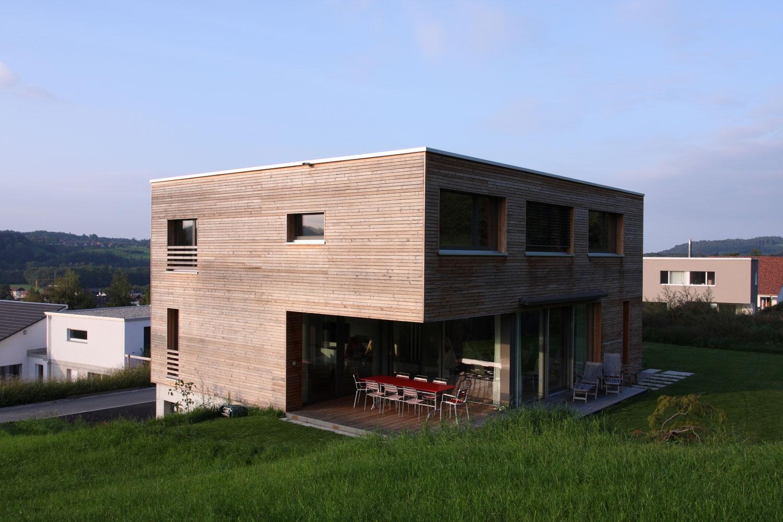 Einfamilienhaus_Neubau_Thurblick_Niederbueren-fassade-holz-terrasse.jpg