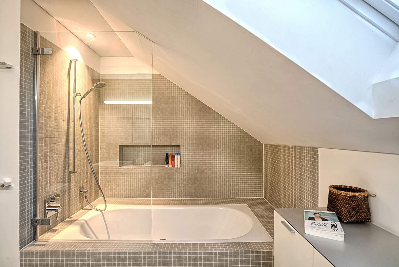 Einfamilienhaus-umbau-anbau-friedenweg-bischofszell-badezimmer.jpg