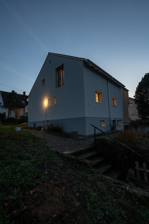 Einfamilienhaus-umbau-anbau-friedenweg-bischofszell-beleuchtung.jpg