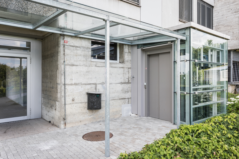 Mehrfamilienhaus-Neubau_Tiefgarage_Moosstrasse-zugang-lift-st-gallen.jpg