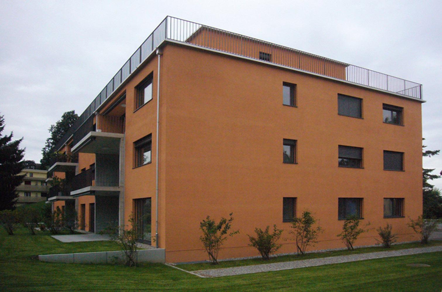 Neubau-mehrfamilienhaus-rorschach-stahl-holz-fassade.jpg