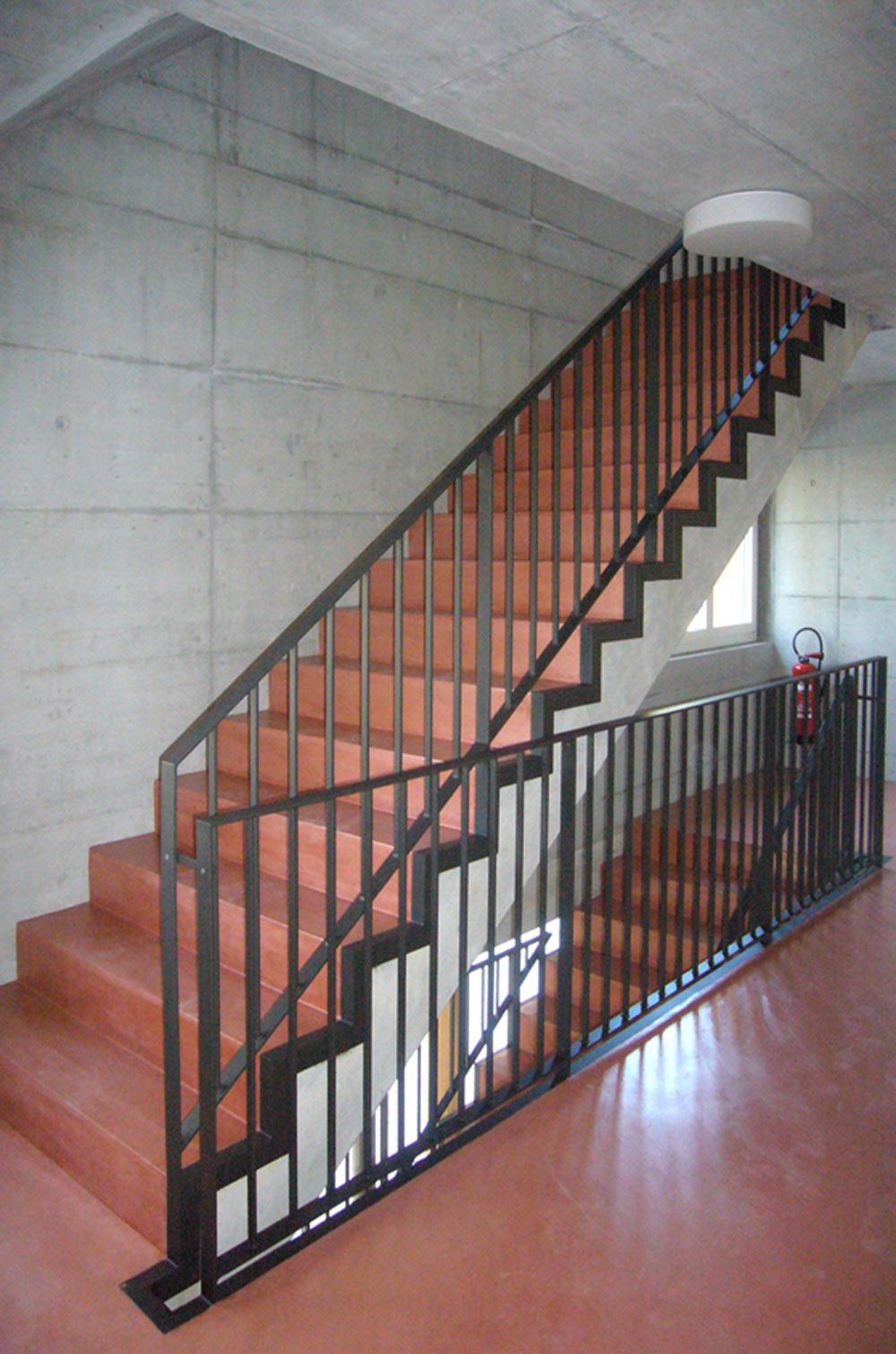 Neubau-mehrfamilienhaus-rorschach-treppe.jpg