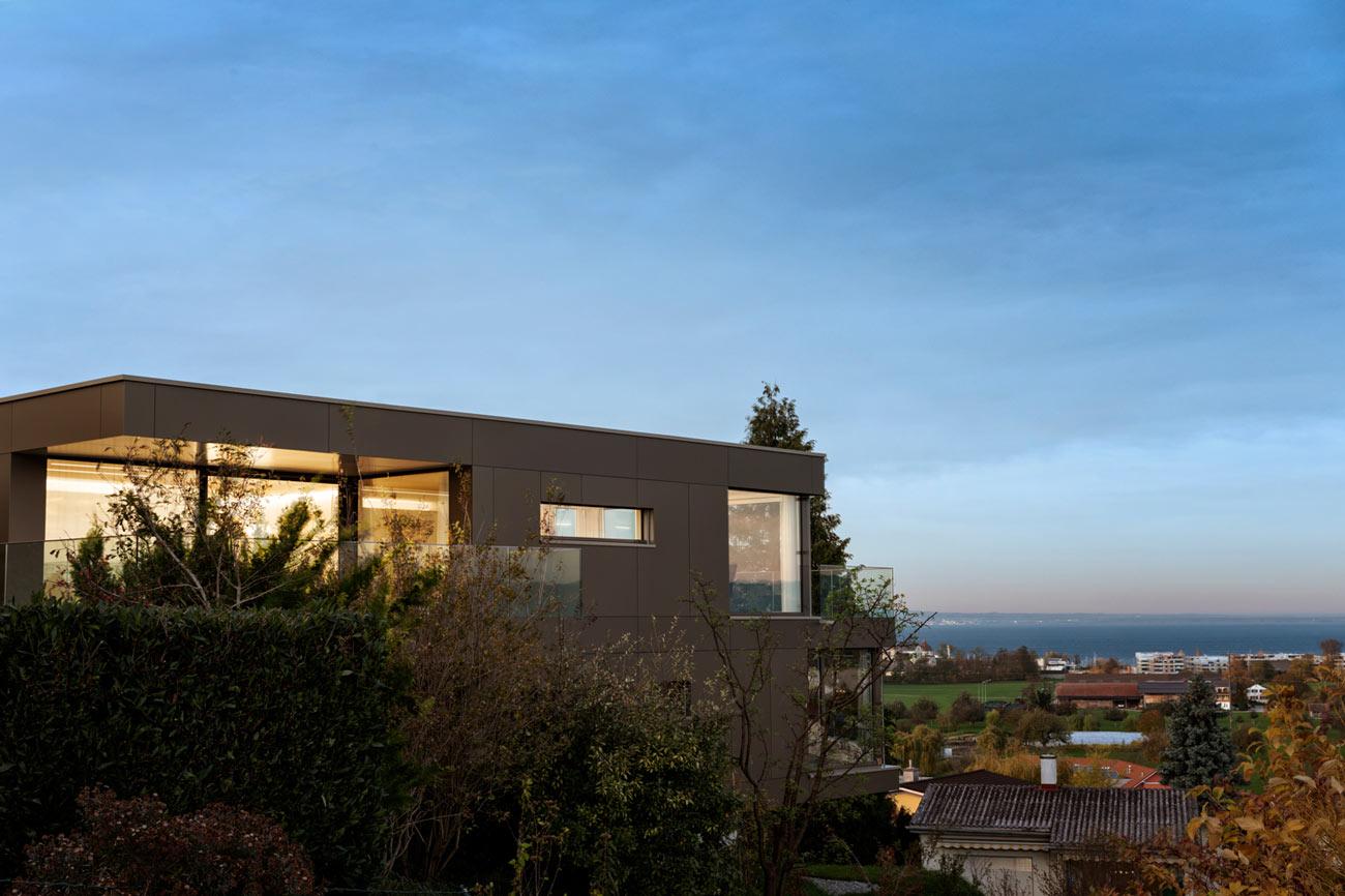 Neubau-Mehrfamilienhaus-Tuebach_Neubrunnstrasse-aussen.jpg