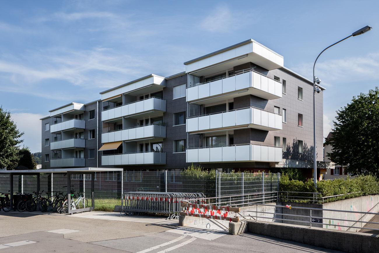Mehrfamilienhaus-Sanierung-Balkon-Fassade-Herisauerstrasse_St-Gallen.jpg