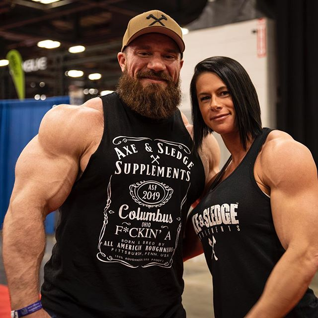 Special thanks to @sethferoce & the entire @axeandsledge team for making this weekend at the Arnold awesome! - It was great to help represent a brand that is owned and operated by such genuine individuals. Something that is few and far in between in this industry. - Also had a great time meeting and talking to so many of you! I sincerely appreciate all the love and support! -  #sethferoce #axeandsledge #arnoldclassic2019 #arnoldexpo #arnoldexpo2019 #arnoldsportsfestival #girlswholift #girlswhitmuscle