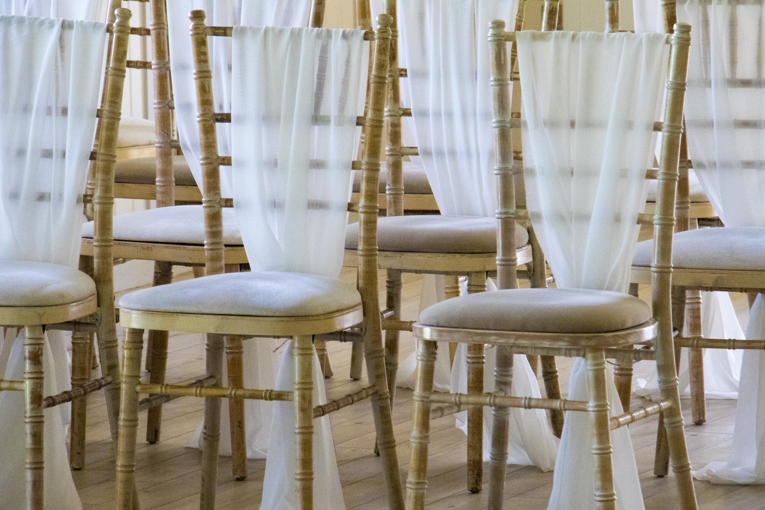 Elegant Chairs - Chivari Chairs, Vintage Chairs, Brentwood Chairs, Napoleon Chairs, President Chairs