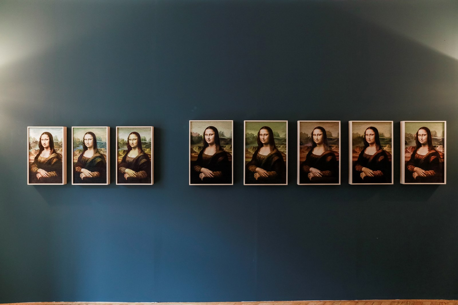 Mona Lisa and the others from the North - by Kyungah Ham
