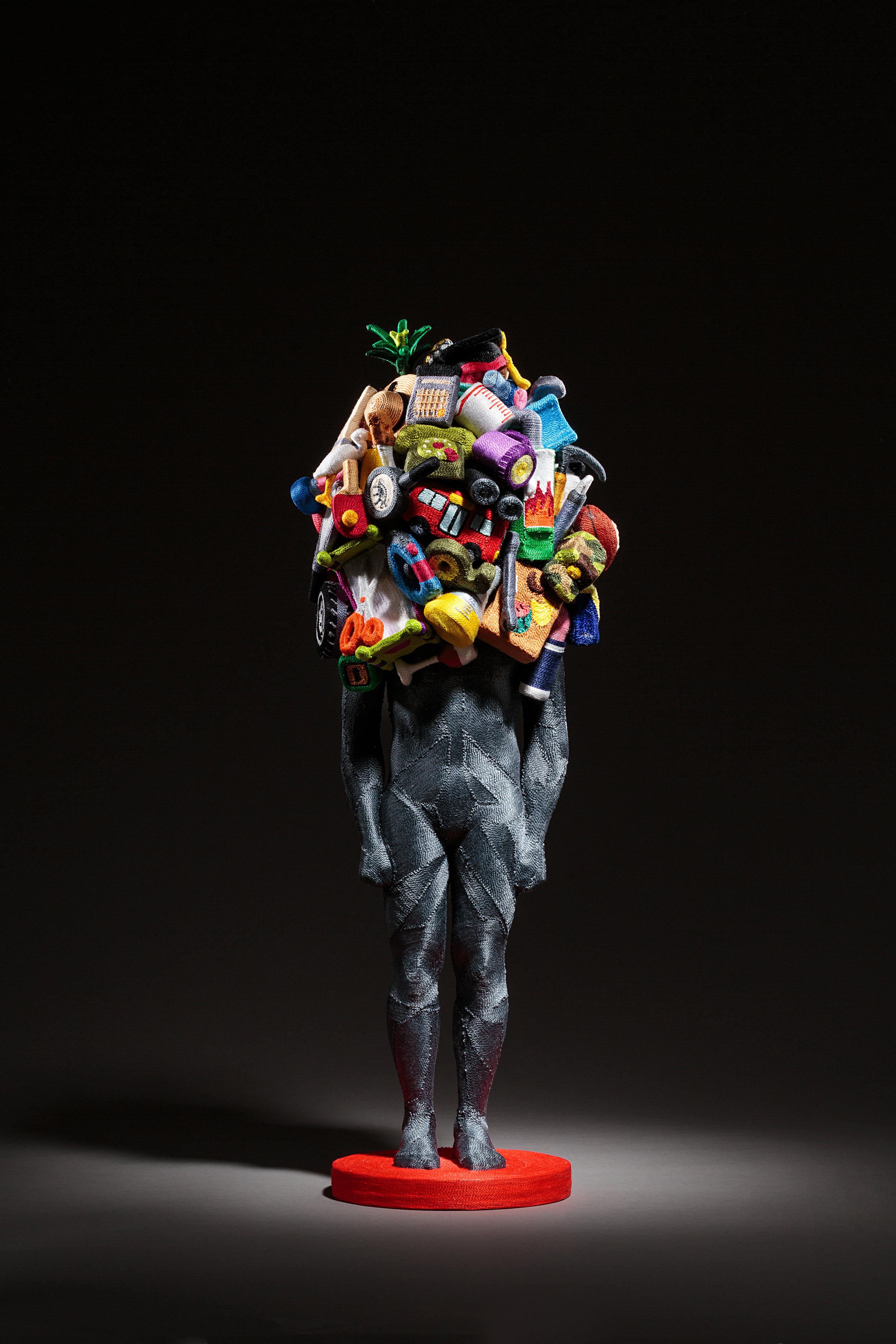 June Lee,  Weight of Human (No. 4) , Fil sur résine coulée et argile, 2017. Courtoisie de l'artiste et Galerie ARTVERA'S