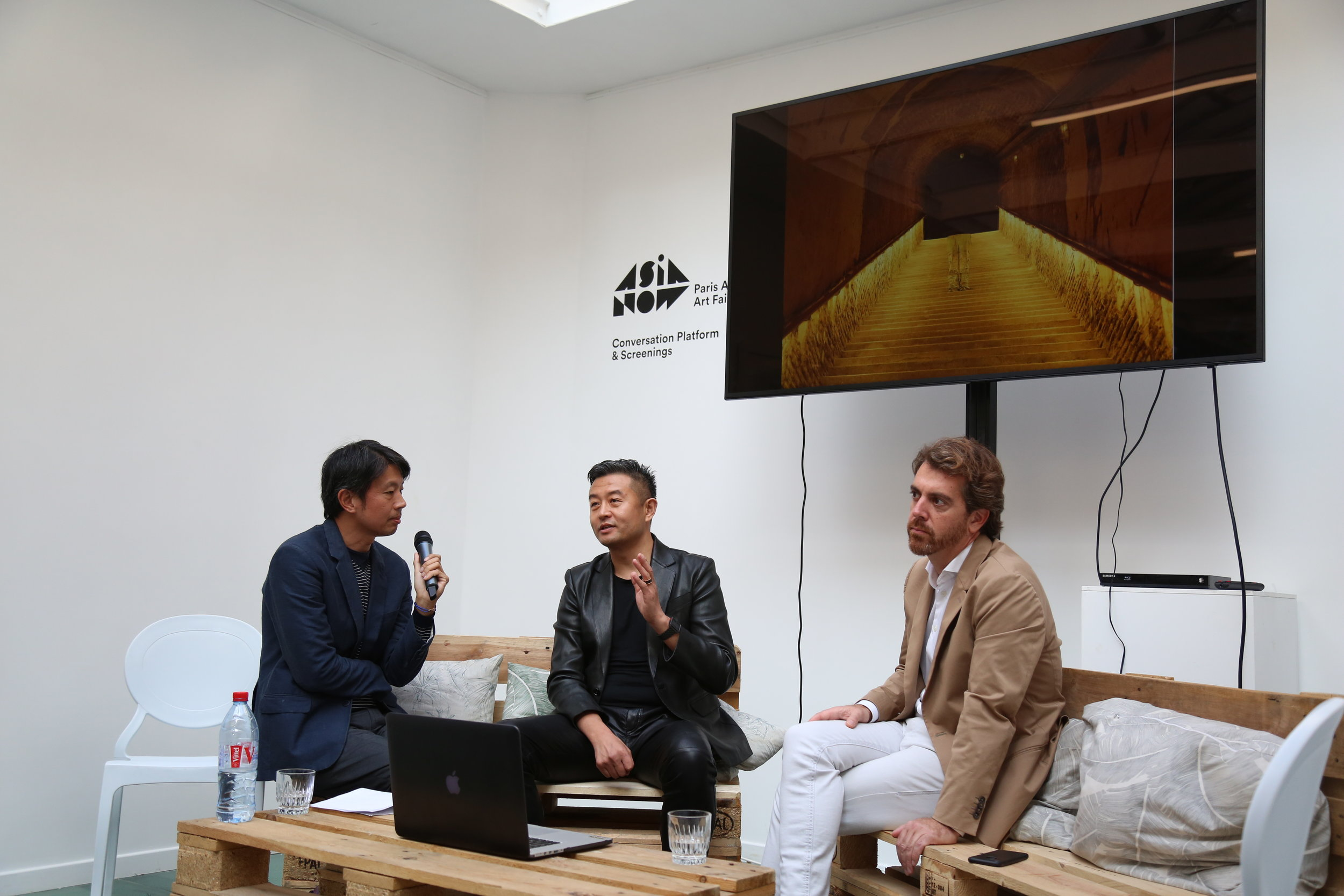 Liu Bolin, artist, Romain Degoul, founder of the Galerie Paris-Beijing and Liyu Yeo, independent curator