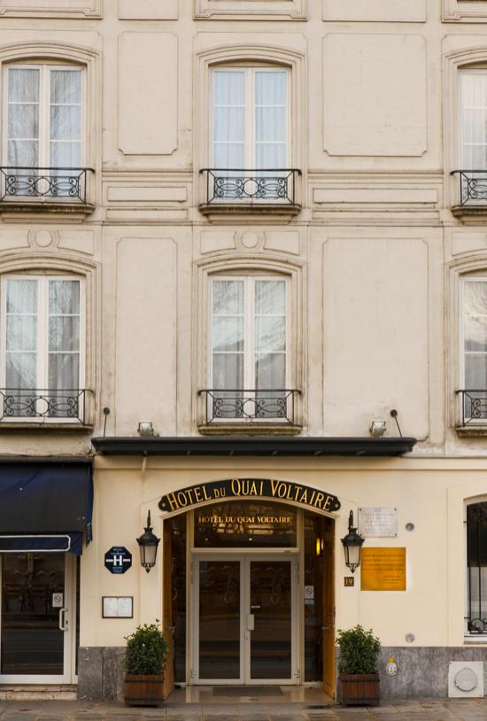 Hotel quai Voltaire.pdf.png