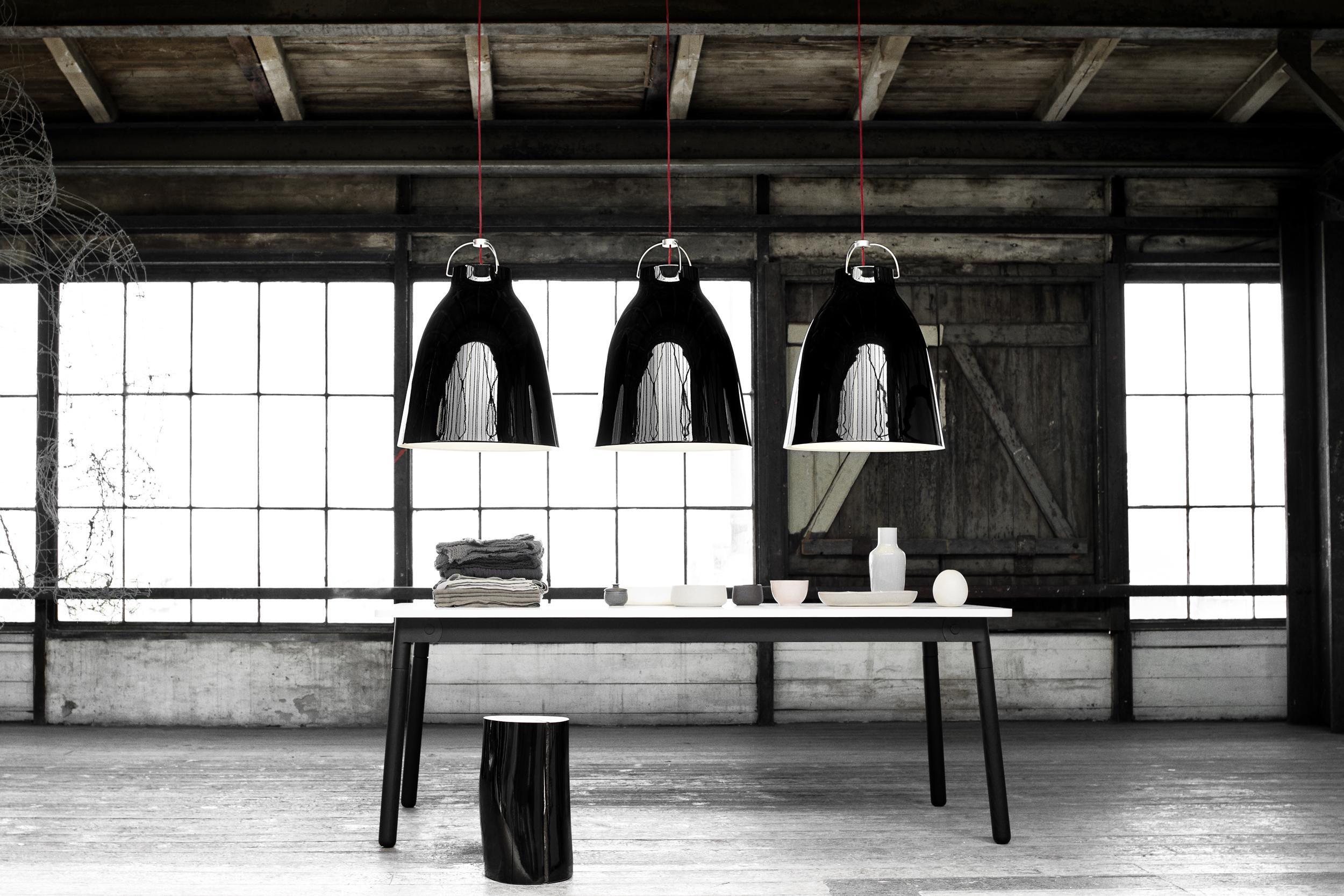 6814_Caravaggio P4 Black - Install. 40101 - 300dpi.jpg.jpg