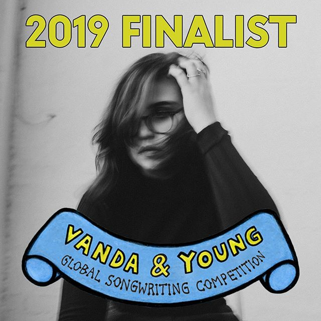 So grateful to have two unreleased songs shortlisted for this year's @vandayoungcomp - I wrote one with @starsmith and @isabellakearneynurse at #SongHubs this year and the other with @mradamspark at @thegrovestudios late last year - both felt electric in the rooms when we were finding them from wherever they were hiding. Very thankful to @facesbyglow for capturing my literal heart feels in the room with Bella and Fin. I don't have a photo of Adam and I together so I just put up the video where he's giving lil' Bud(dha) a sip of tea (or scotch) to get the creativity rolling. Every session's different, you know 😝🤠 .  Most importantly, I'm proud to have been a part of raising over $1.2million for @noroau who do invaluable work healing and helping people express themselves through music. Also I want to thank all the judges and staff who work @vandayoungcomp @apraamcos  and everyone who helped to set up these sessions and bring these songs to life. .  I can't wait for you to hear them 🥰💜