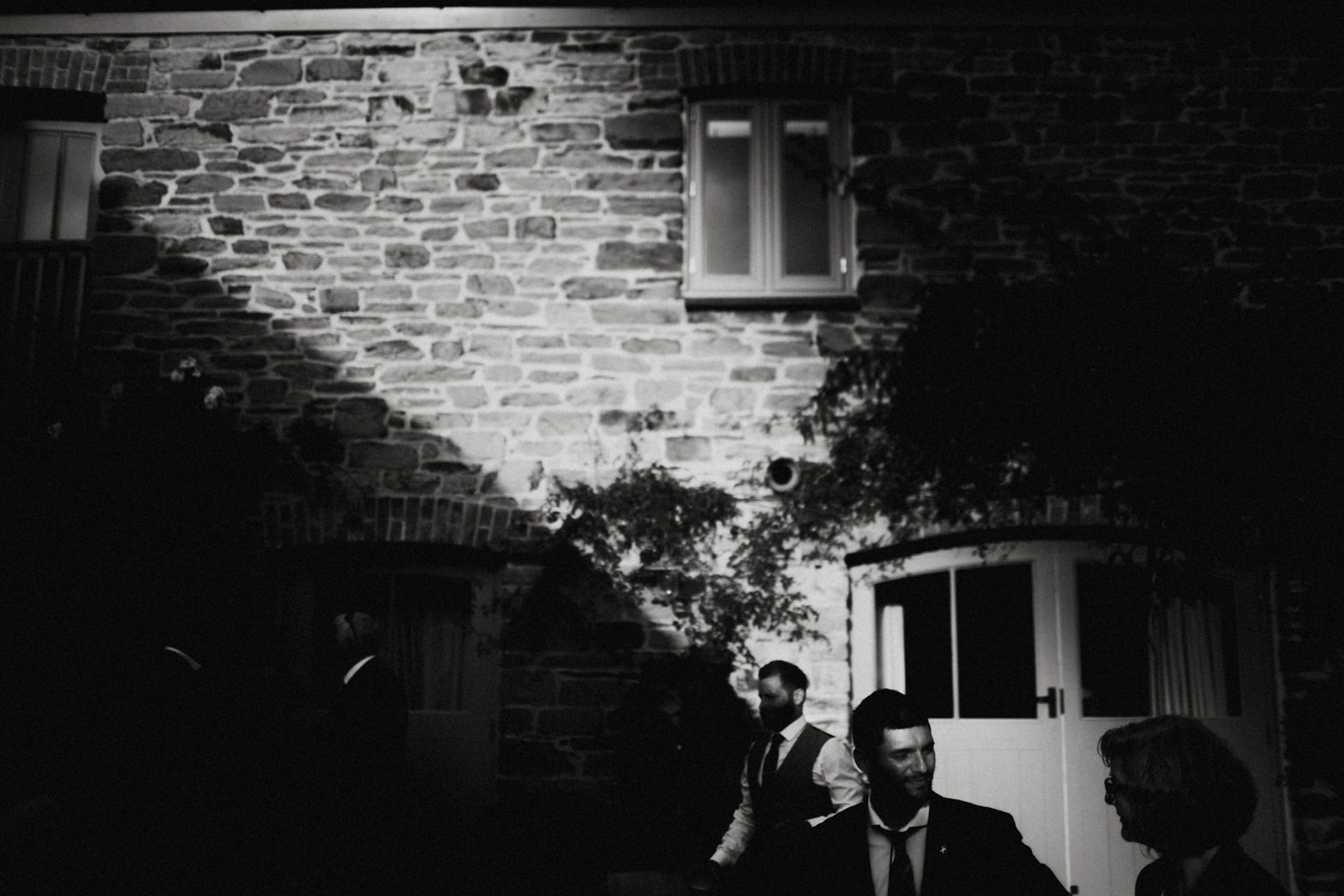 WEDDING PHOTOGRAPHy AT NANCARROW FARM (152).jpg