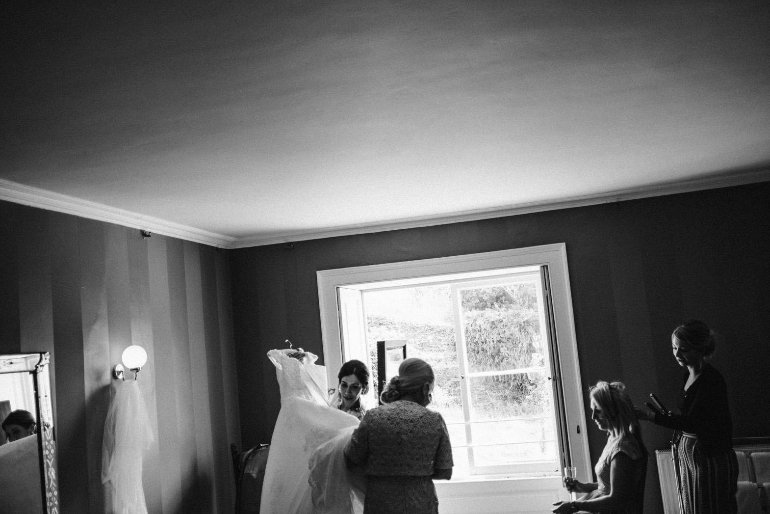 ALTERNATIVE WEDDING PHOTOGRAPHY (21).jpg