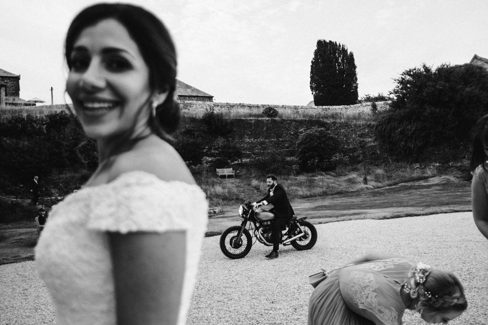 ALTERNATIVE WEDDING PHOTOGRAPHY (130).jpg