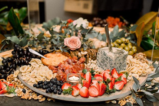 Who doesn't love being the life of the party? We sure do 😉! Half metre tables becoming miss popular this month. The Grazing Fox becoming the life of the party at all our clients gatherings. We are pretty excited for the Afl finals so don't forget to book us in at your next party 💯🌿