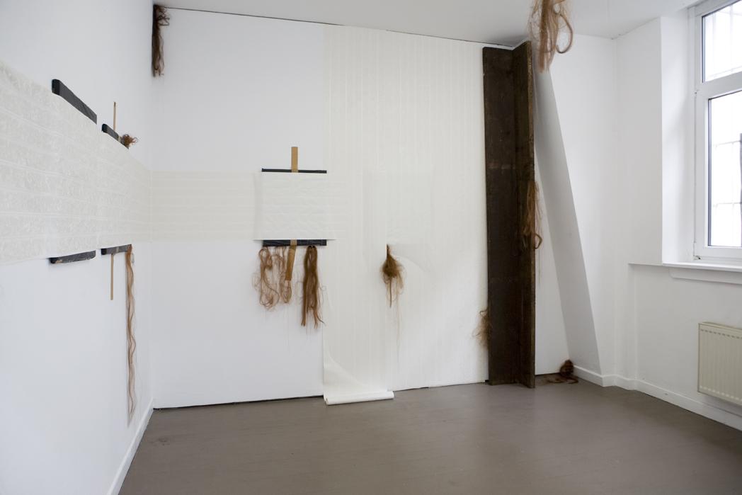"""Adrian Jeftichew: """"L'Homme qui Rit."""", 2010, Exhibition views Deuxième Bureau:  Galerie Parisa Kind, Frankfurt am Main"""