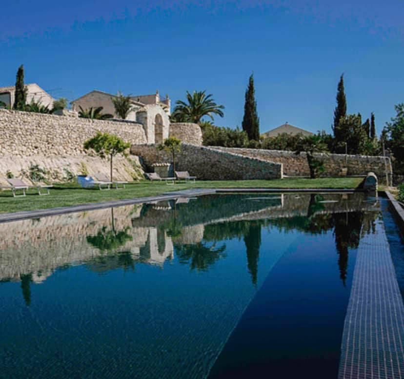 Fresh water Infinity pool.