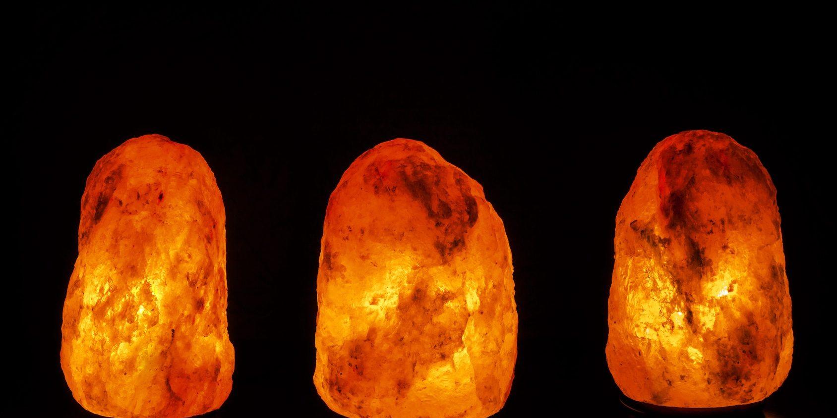 himalayan.salt.lamp.pink.jpg