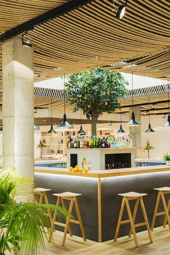 Restaurante do Hotel Azul, Espanha, por Zooco Estudio. Foto: Orlando Gutierrez. Fonte: https://www.galeriadaarquitetura.com.br/projeto/zooco-estudio_/restaurant-at-hotel-azul/1916