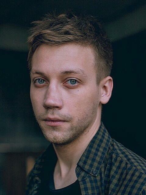 Фото артиста александра кузнецова