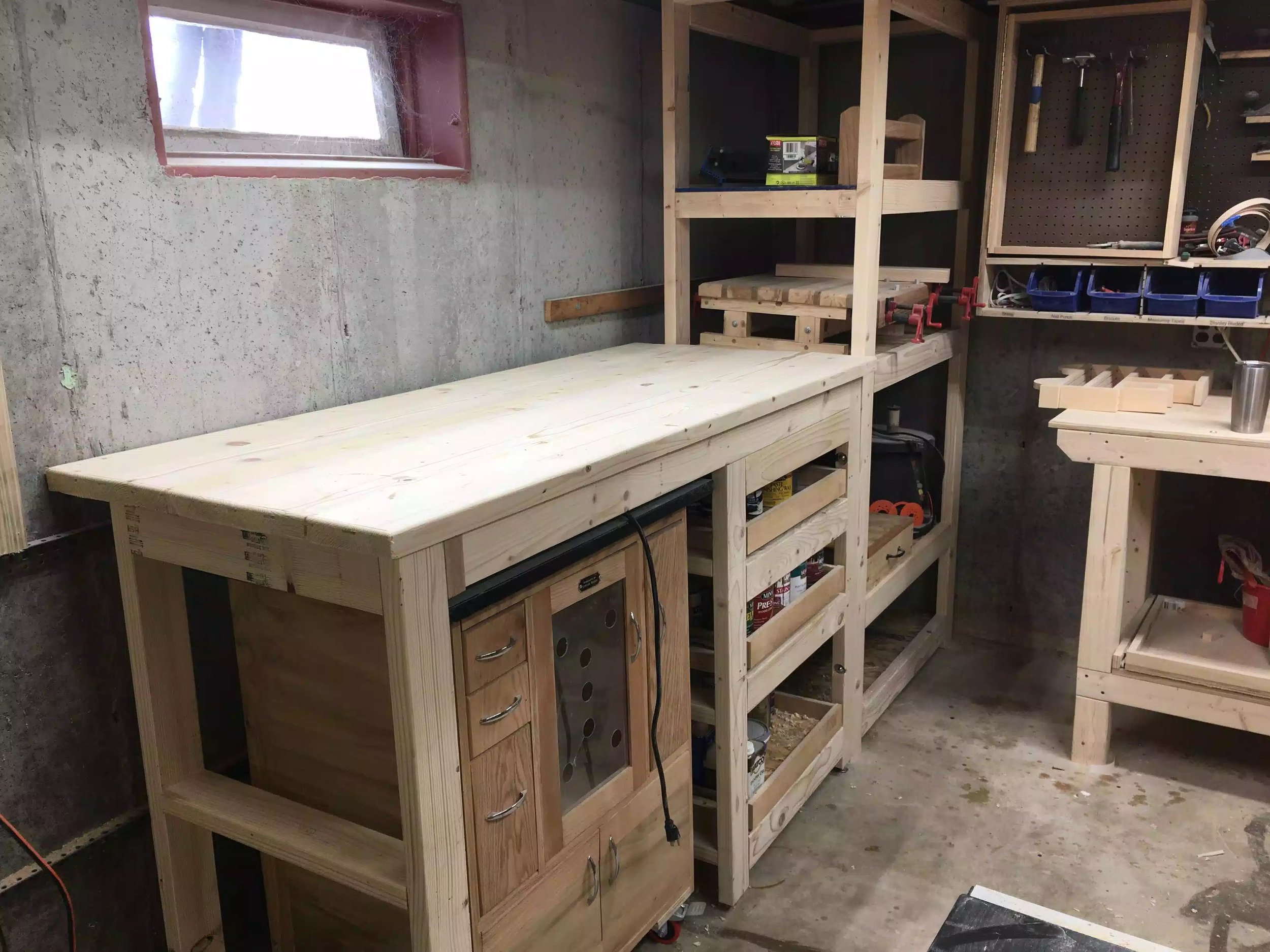Just made this shelving unit with drawers and a bench (2018)