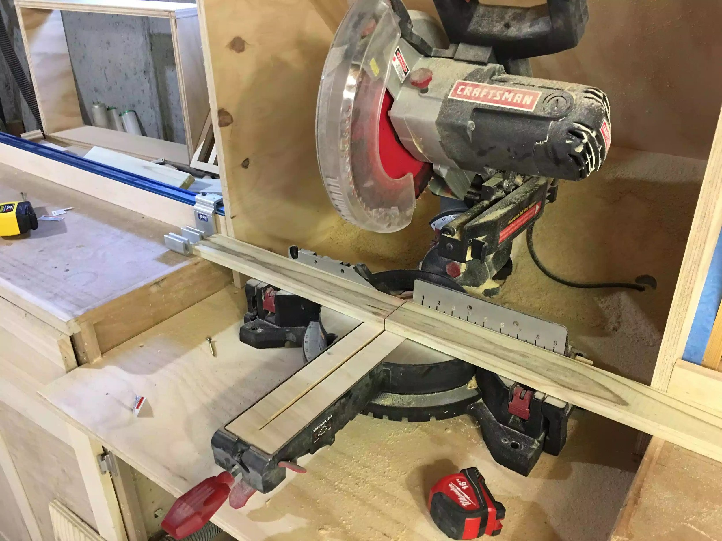 Here you can see the chop saw set-up using my kreg production stop that was on my top-trak on the miter saw station, this is a dream for doing repetitive cross-cuts
